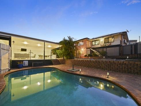 24 Gordon Road Ferny Hills, QLD 4055