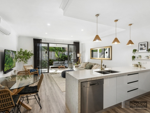 17/4A-8 Hansford Road Coombabah, QLD 4216