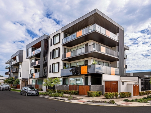 306/2 The Pinery West Lakes, SA 5021