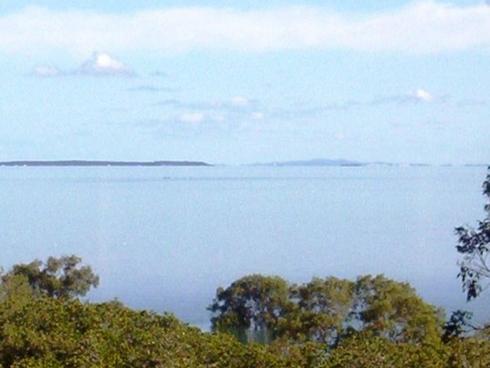 73 Perulpa Drive Lamb Island, QLD 4184