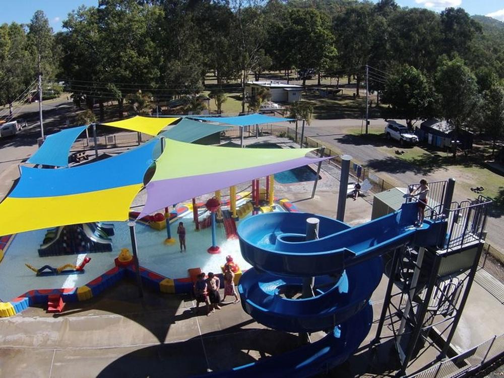 54 Park Road Cania, QLD 4630