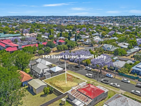 140 Stuart Street Mount Lofty, QLD 4350