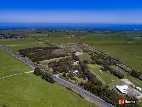 208 Cape Paterson Road Cape Paterson, VIC 3995