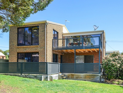 22 Passatt Street Encounter Bay, SA 5211
