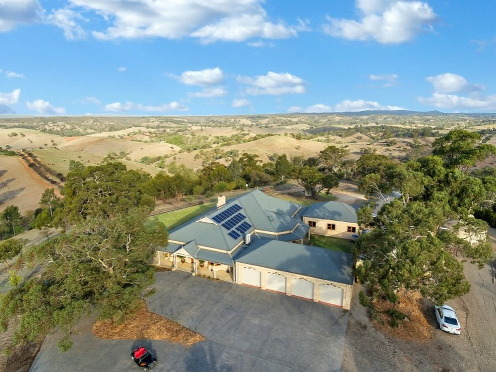 911 Gawler One Tree Hill Road One Tree Hill, SA 5114