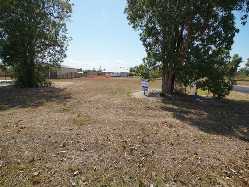 L2 Vipiana Drive Tully Heads, QLD 4854