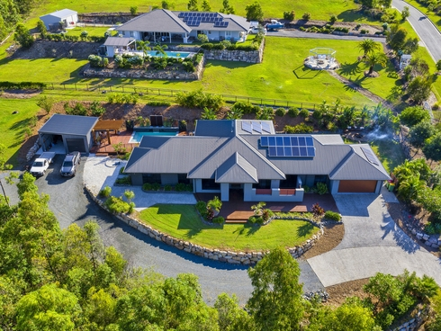 121 Whiptail Place Advancetown, QLD 4211