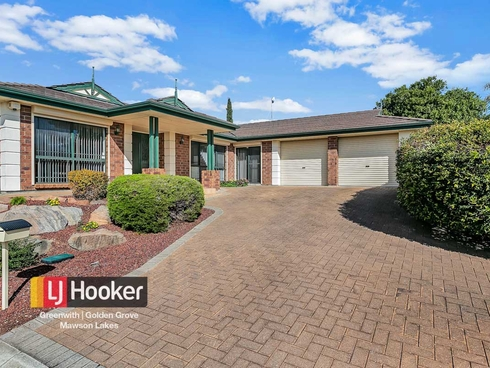 2 Mark Avenue Craigmore, SA 5114