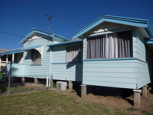 2/54 Chrystal Street Roma, QLD 4455