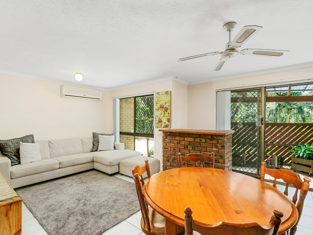 10/7 Parkridge Drive Molendinar, QLD 4214