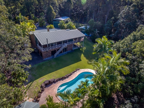 87 Wallaby Drive Mudgeeraba, QLD 4213