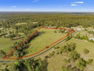 121 Fantail Court Moorina , QLD, 4506