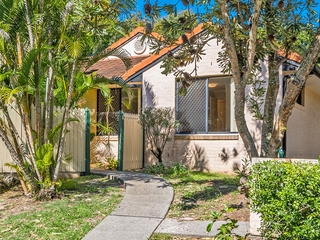 12 Oceanside Place Suffolk Park , NSW, 2481