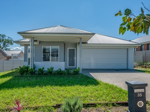 35 Bendeich Drive North Rothbury, NSW 2335