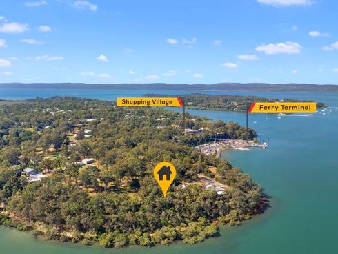 7 Cliff Terrace Macleay Island, QLD 4184