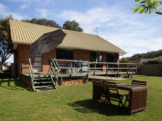 23 Hibiscus Close Maloneys Beach , NSW, 2536