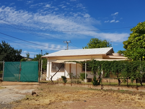 66 Fourth Avenue Mount Isa, QLD 4825