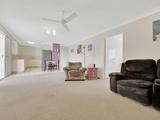 11/4 Pittsbay Crescent Boyne Island, QLD 4680