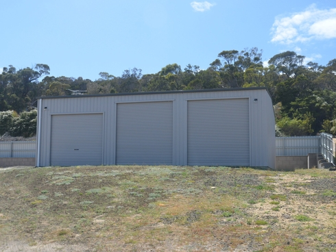 17 Muirs Place Coles Bay, TAS 7215