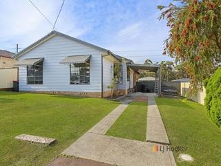 10 Deakin Avenue Lake Munmorah , NSW, 2259