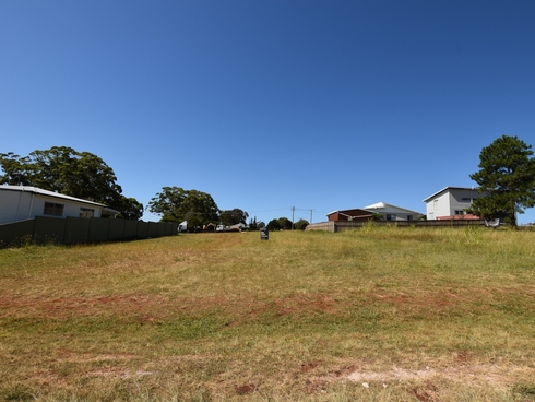 19 Roebuck Street Russell Island, QLD 4184