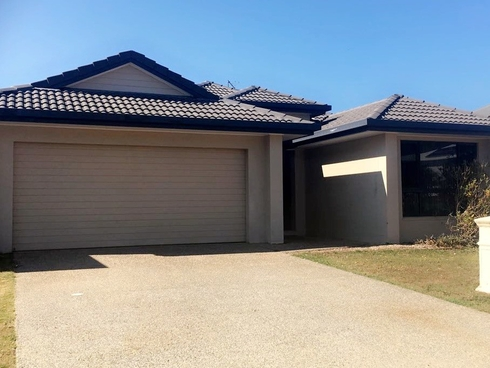 49 Abell Road Cannonvale, QLD 4802