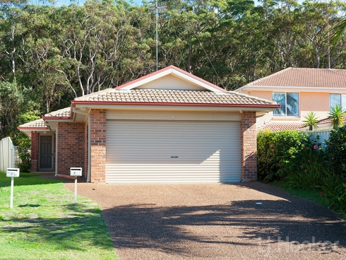 6 Creswell Place Fingal Bay, NSW 2315