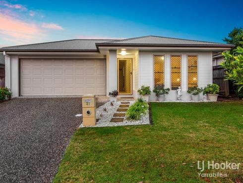 31 Bluestone Drive Logan Reserve, QLD 4133