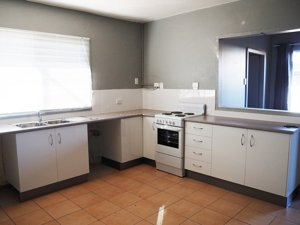 Unit 3/8 Seventh Avenue Mount Isa, QLD 4825