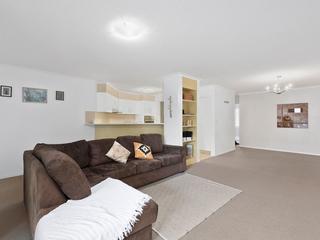 16/367 Margaret Street Newtown , QLD, 4350