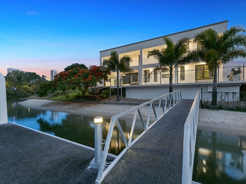 18 Rebecca Court Broadbeach Waters, QLD 4218