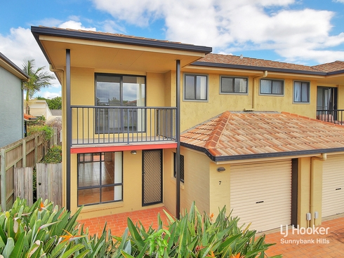 7/8 Buckingham Place Eight Mile Plains, QLD 4113