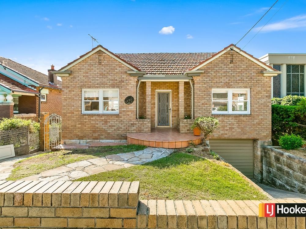 121 Prince Edward Ave Earlwood, NSW 2206