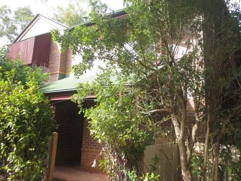 2/8 Beatrice Tallon Court North Ipswich, QLD 4305