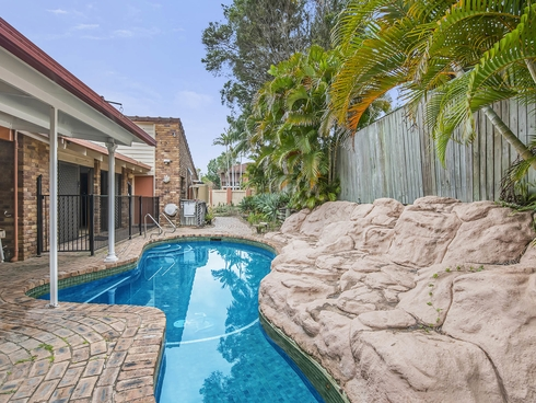 15 Aldford Street Carindale, QLD 4152