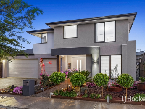 16 Parkstone Crescent Point Cook, VIC 3030